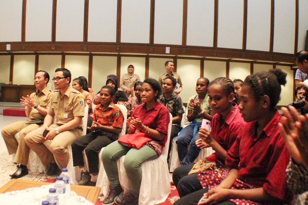 bertemu ahok+sai+sekolah anak indonesia+sekolah papua