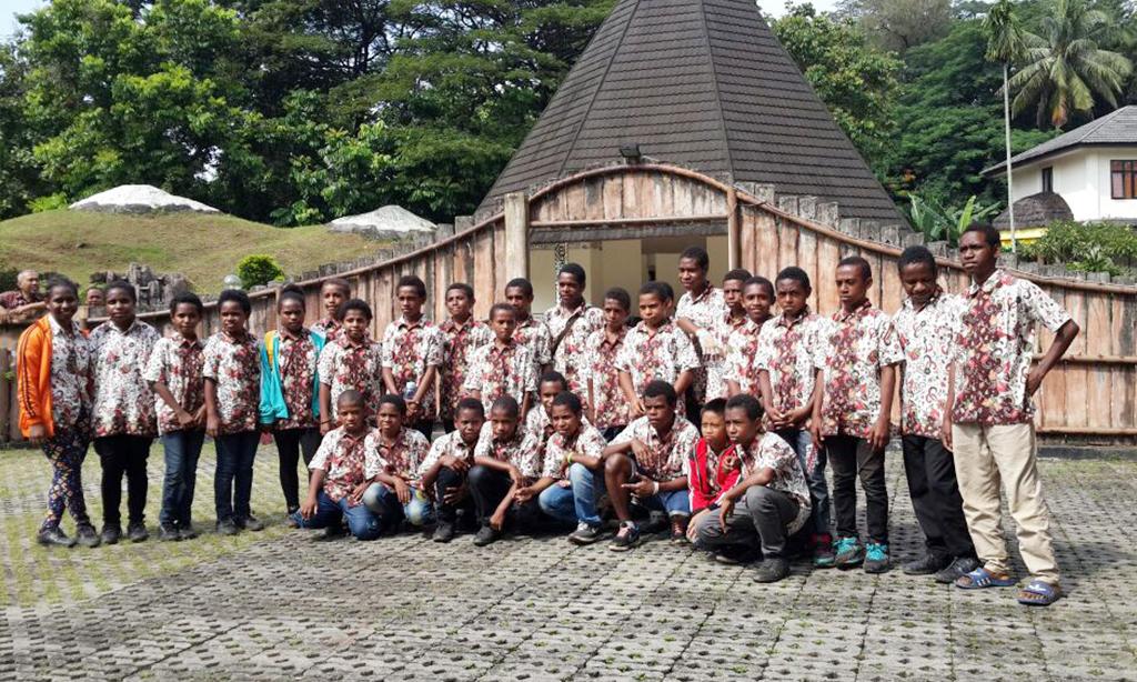 Karya wisata-museum gajah-sai-sekolah anak indonesia-pendidikan daerah tertinggal-anak papua_sekolahpapua_papuahebat
