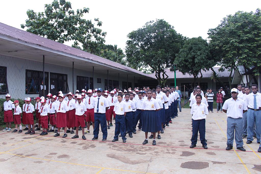 lomba tepung_kekompakan_ sai_tujuhbelasan_sekolahpapua_sekolahanakindonesia_papuahebat_saiedu_upacarabendera_sekolahhebat