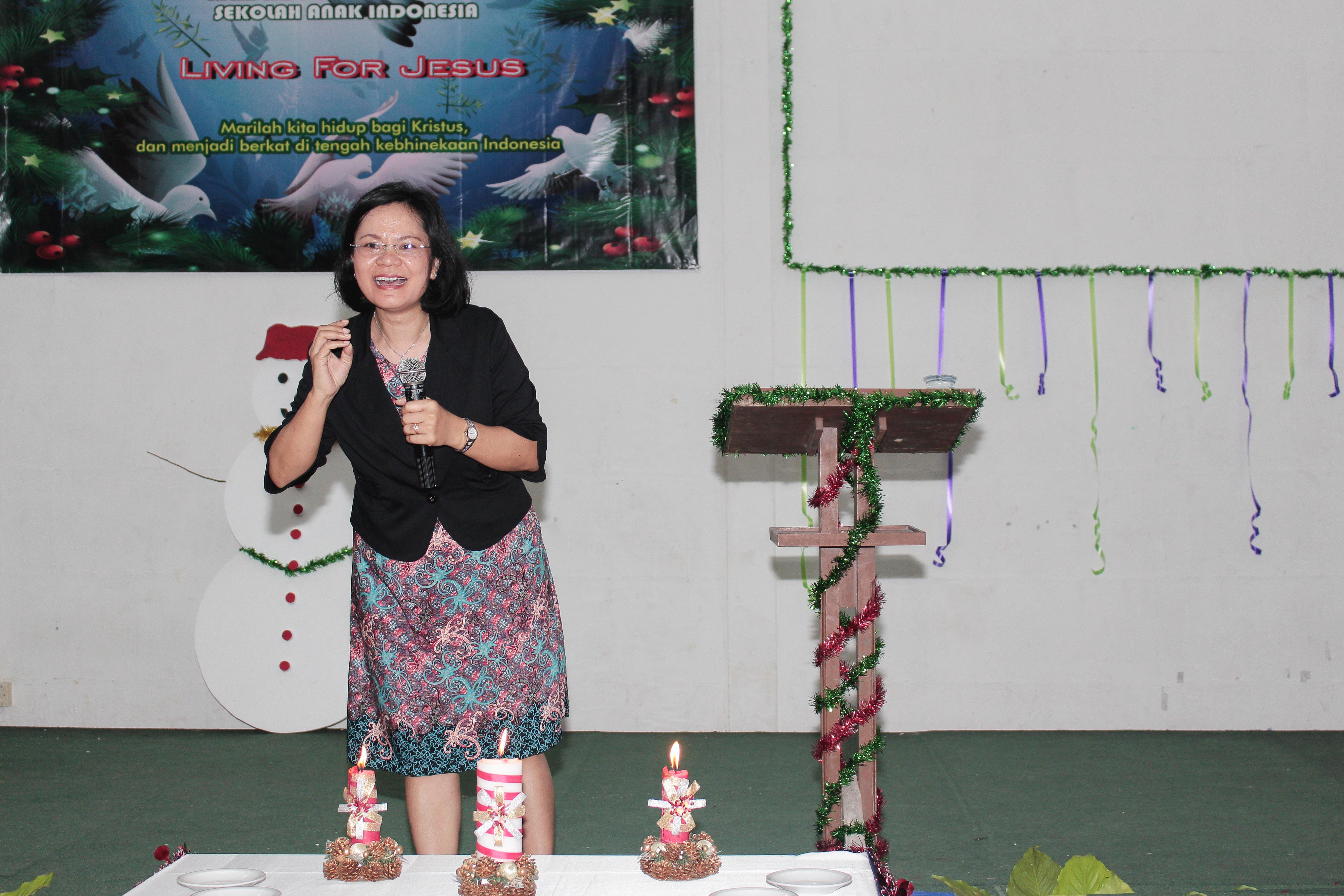 Sekolah anak inodoneia-Natal-sekolah papua-natal 2016-sekolah anak papua-perayaan natal papua