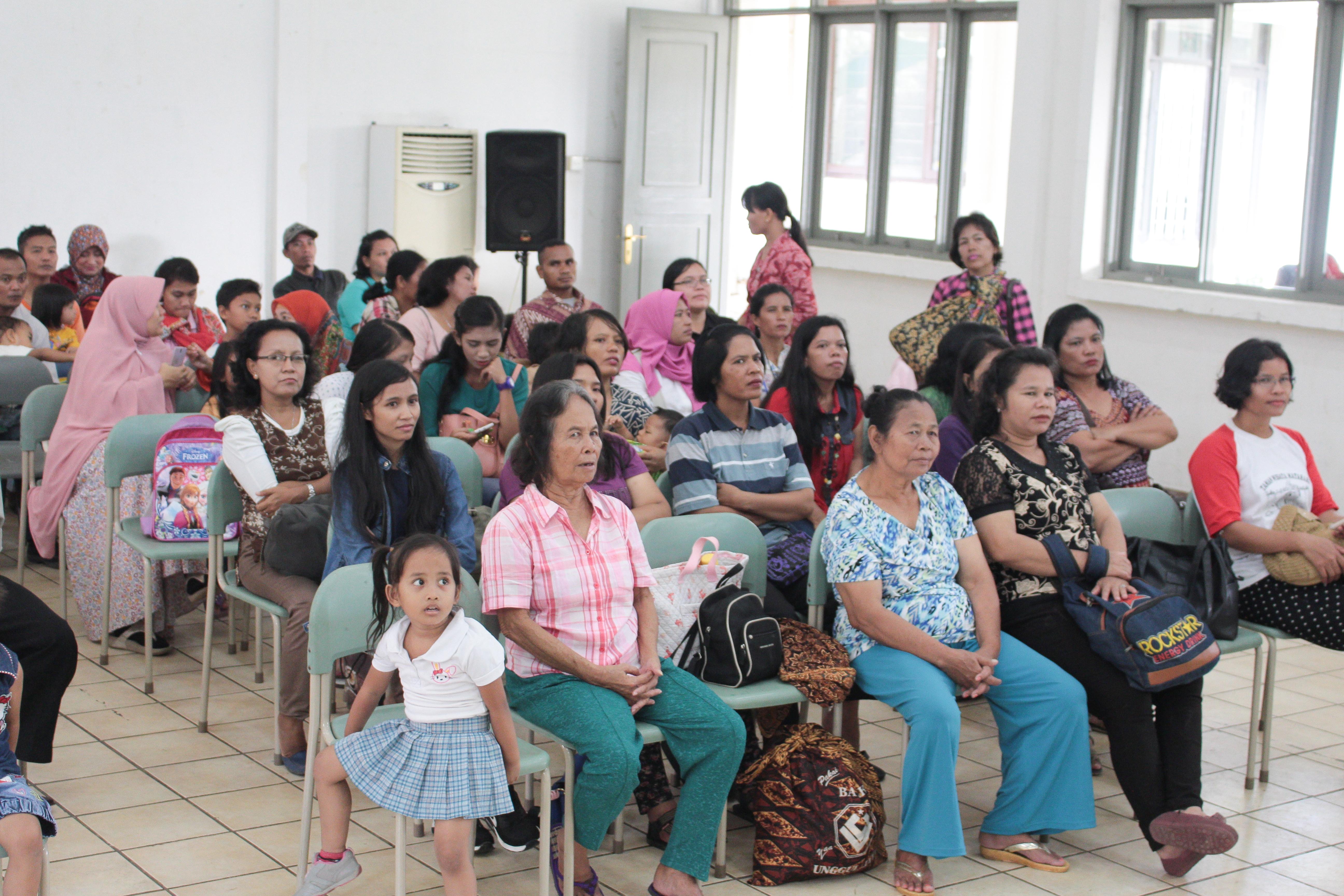 sekolah anak indoensia-sekolah Papua-lomba mewarnai-open house sekolah Papua
